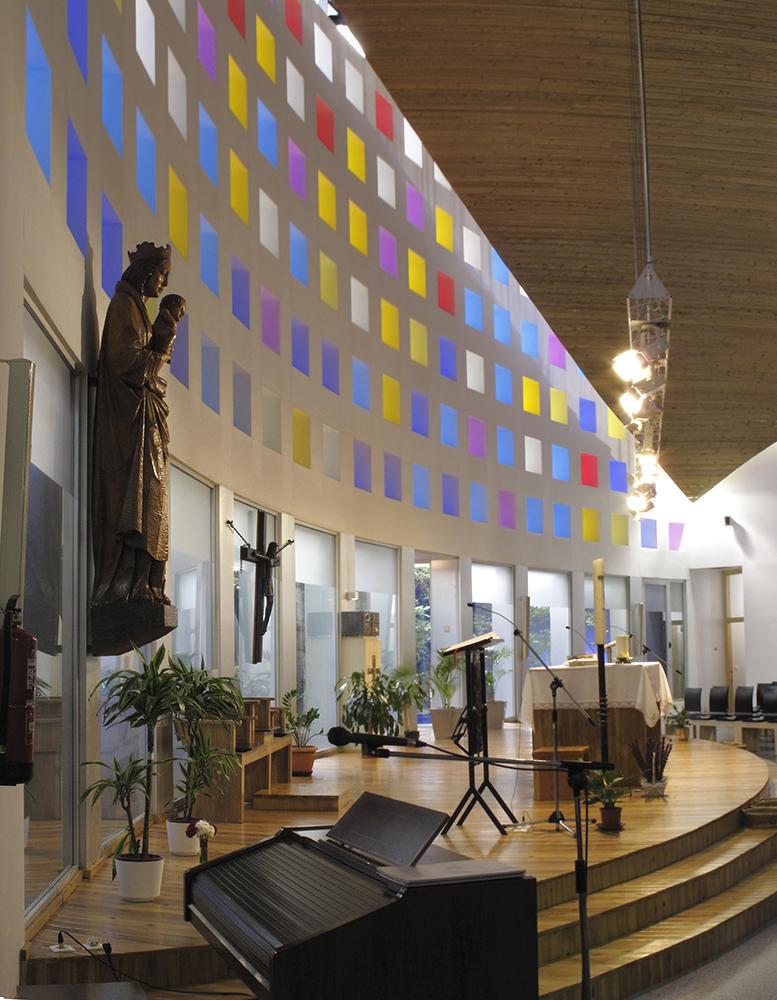Iglesia Y Parroquia De Nuestra Sra De La Almudena Sicilia Y Asociados Arquitectura